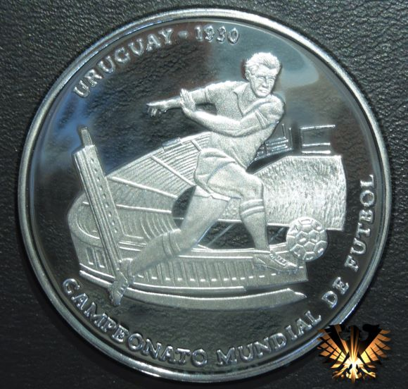 Münze, ausgeprägt zur Erinnerung an die 1. FIFA Fußball Weltmeisterschaft 1930 in Uruguay. Gedenkmünze zum Thema Fußball und FIFA.