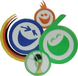 """Das Logo mit dem Slogan """"Die Welt zu Gast bei Freunden"""" zu FIFA-WM 2006 in Deutschland. Weltmeister Italien."""