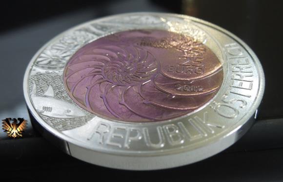 25  Euro Österreich, Silber- Niobmünze von 2012. Motto: Bionik, Der Mansch, die Natur und Technik. Bimetall Gedenkmünze